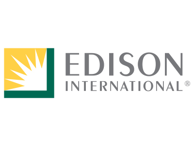 Edison Donation Brings Laptops, Internet Access to Schools Navigating COVID-19